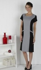 Square neck dress Pockets